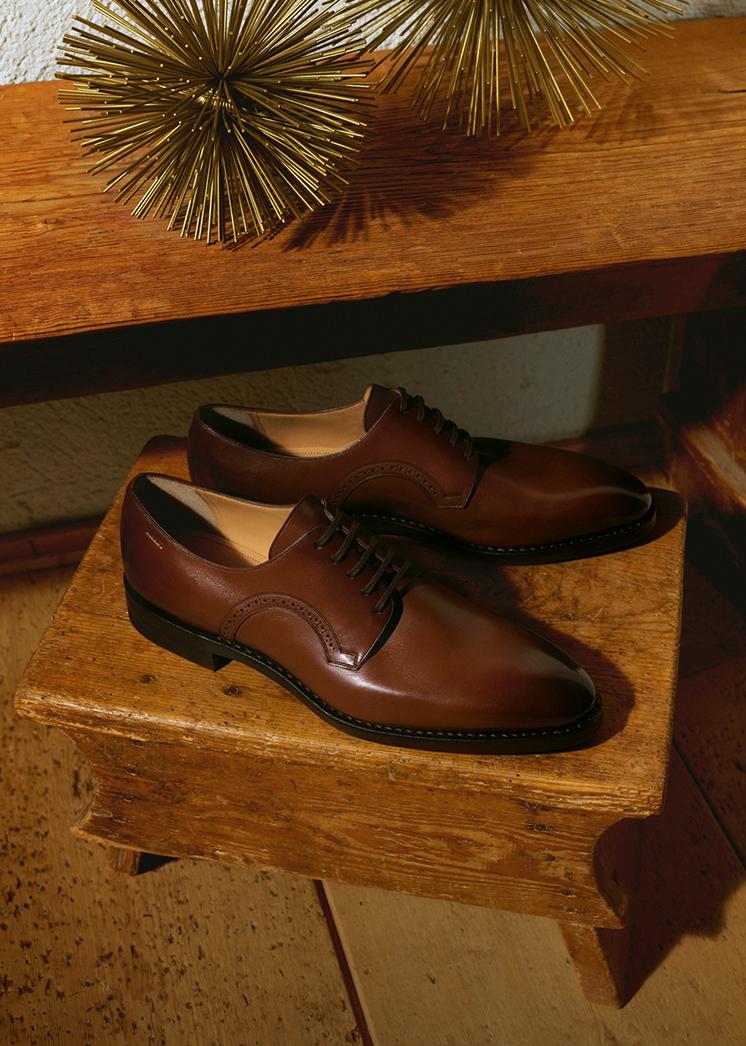Christmas Men Gifting Shoes