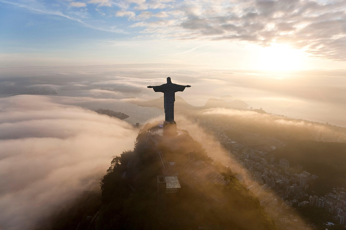 Sunrise over statue of Christ the Redeemer