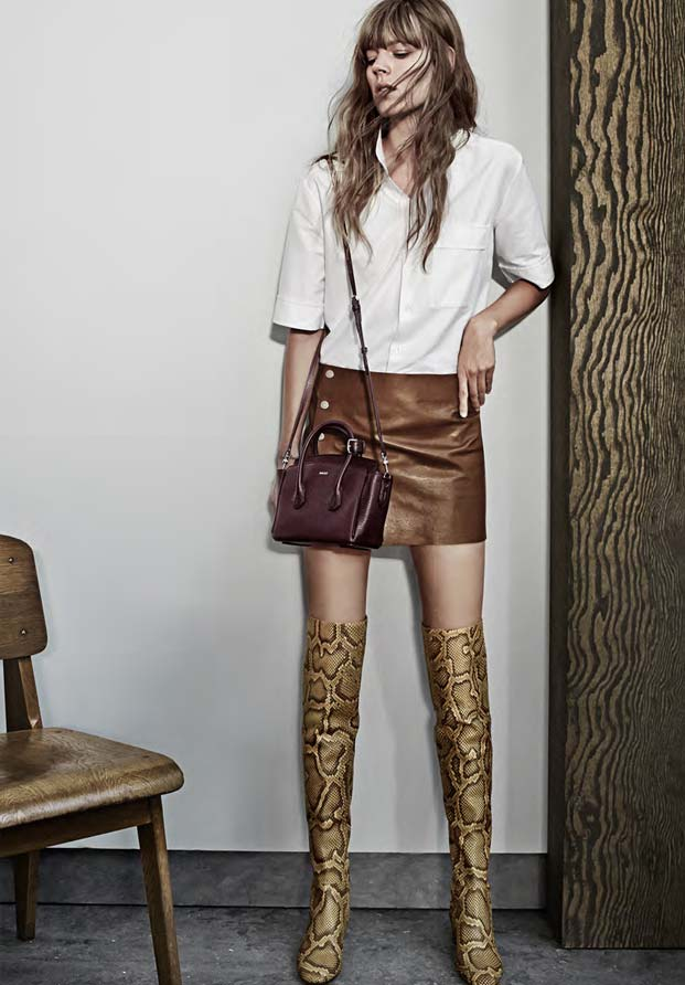 bf7f4c40c1 THE WOODBLOCK COLLECTION  sommet bag in xs with python over-the-knee boots